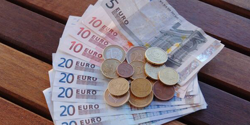 Interest rate restrictions are needed to protect vulnerable borrowers, CUBS experts warn Oireachtas