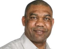 Dr Stephen Onakuse